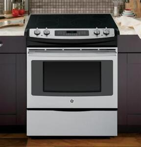 105- NEUF - NEW Cuisinière Four GE  Stove Oven