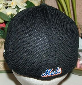 New Era New York Mets 59Fifty Cap Bear and Finger London Ontario image 5