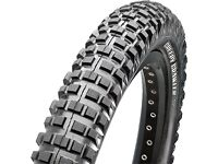 "Maxxis creepy crawler rear st wire 20"" tyre 20""x2.50"