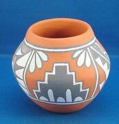 Jemez Pottery