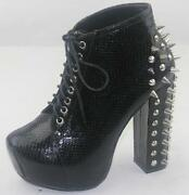 Womens Snake Boots