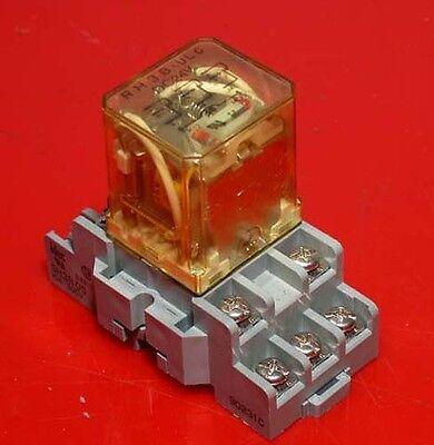 Idec Rh3b-ulc 24 Volt Relay With Base Inv.11269-11270