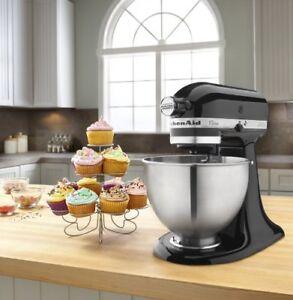 Brand New!! Kitchen Aid 4.5 Quartz Tilt Head Stand Mixer