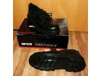 ARCO 6659 SAFETY BOOTS SIZE UK 8 NEVER USED