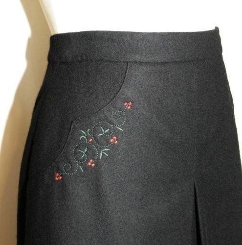 "BLACK WOOL Bavarian SKIRT German Women PLEATED Straight Dirndl Dress W27.5"" 6 S"