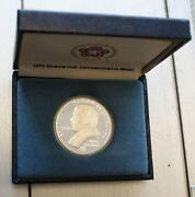 1975 Bicentennial Commemorative Medal