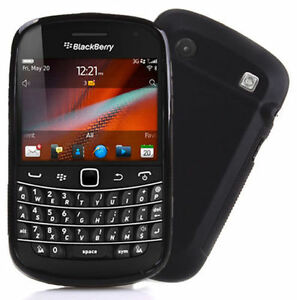 UNLOCKED Blackberry Bold 9900 with touchscreen cellphone