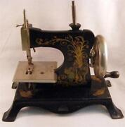 Little Sewing Machine