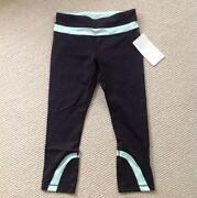Lululemon Black Crop 6