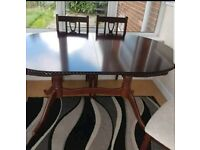 Vgc dining room table