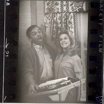 Bewitched Elizabeth Montgomery On Set 1967 Abc Tv Photo