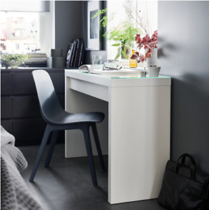 MALM Dressing/Make-up table / Maquilleuse