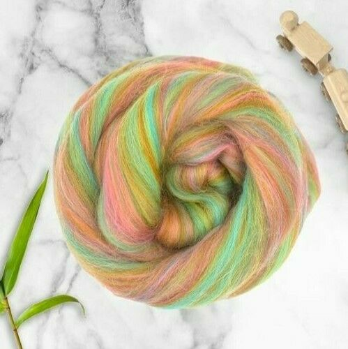 3.5oz Higglety Pigglety Dyed Merino Bamboo Blend Roving Wool Felting Fiber 100g