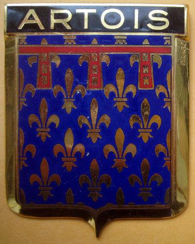 Badge auto car drago 1950s original Artois France French