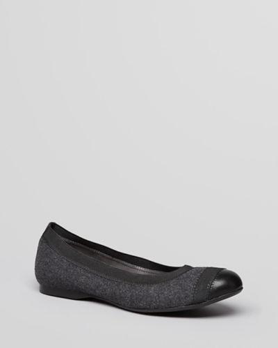 104d84b7751 Stuart Weitzman Shoes