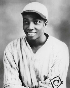 Cool-Papa-Bell-Photo-8X10-Negro-Leagues-Stars-Monarchs-Crawfords-Grays