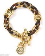 Gold Toggle Bracelet