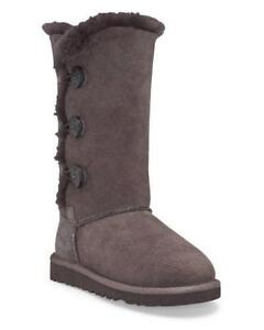 used uggs size 8