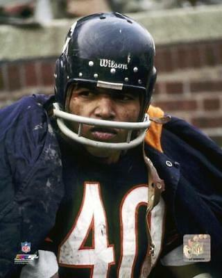 - GALE SAYERS CHICAGO BEARS  PHOTO FILE 8x10 PHOTO