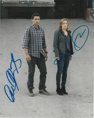 Kim Dickens Cliff Curtis Fear The Walking Dead Autographed Signed 8x10 Photo COA