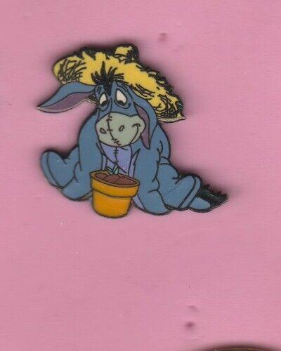 Eeyore  Gardener DLR  AUTHENTIC DISNEY PIN