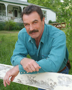 Selleck-Tom-Magnum-PI-16200-8x10-Photo