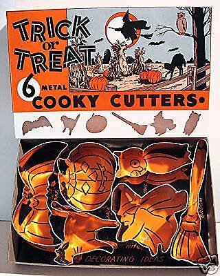 Vintage Metal Halloween Cookie Cutters Old Store Stock