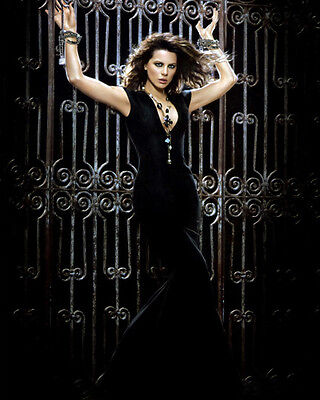 Beckinsale, Kate (36206) 8x10 Photo