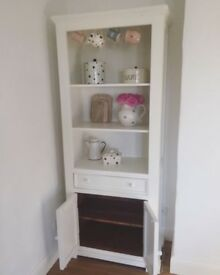 Lovely cream painted solid wood dresser