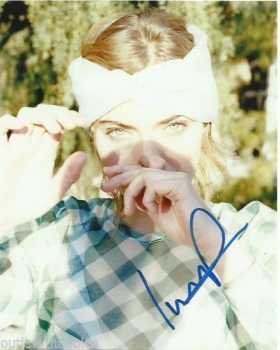 Imogen Poots Sexy Autographed Signed 8x10 Photo COA #8