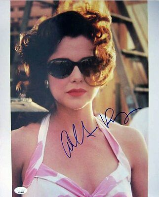Annette Bening Signed Authentic Autographed 11X14 Photo  Psa Dna   J57843