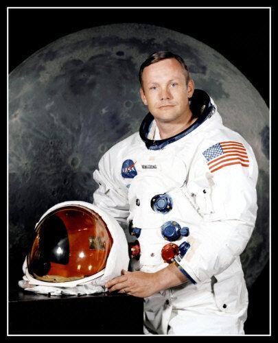 Neil Armstrong Photo 8X10 - NASA Apollo 11 Astronaut