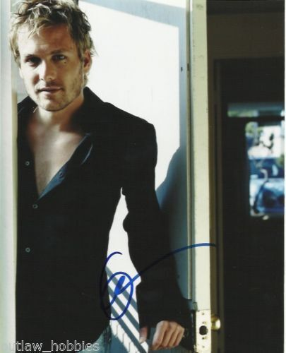 Gabriel Macht Suits Autographed Signed 8x10 Photo COA #A1