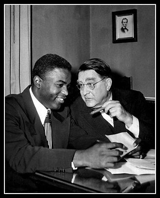 Brooklyn Dodgers Photo - Jackie Robinson Branch Rickey Photo 8X10 Brooklyn Dodgers 1950 Signing Contract
