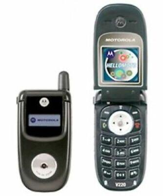 CHEAP BLACK MOTOROLA V220 FLIP MOBILE PHONE-UNLOCKED WITH NEW CHARGAR &WARRANTY