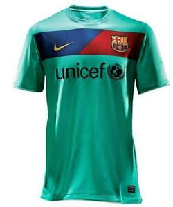 45f66b905 Barcelona Away Shirt XL