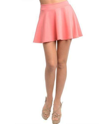 The Full Circle Skirt. We love them right? That fab swooshy noise from the fabric swishing around our legs. Circle skirts are great either long or short, and can be high waisted to define our waist, or sit lower down, resting on our hips.