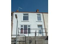 1 room in 4 room student house share, Mount Pleasant, Swansea, a few metres from UWTSD campus