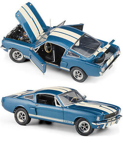 FRANKLIN MINT 1966 FORD SHELBY GT 350 MUSTANG BLUE WHITE STRIPES 1:24 B11F681