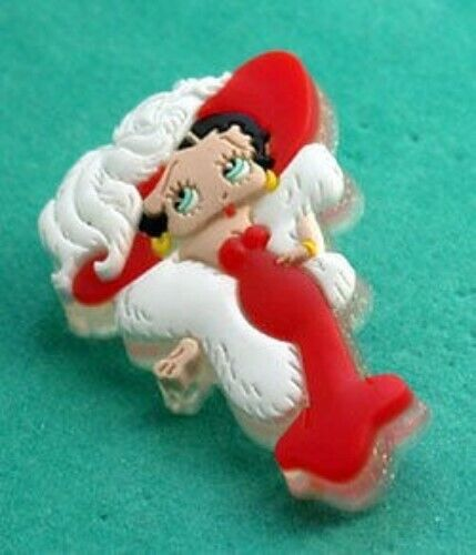 BETTY BOOP IN WHITE FUR & HAT PIN