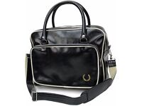 Fred Perry Holdall (Black)