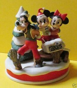Disney-Figurine-1989-Christmas-The-Sleigh-Ride-Mickey-Goofy