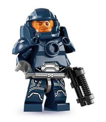 LEGO 8831 Series 7 Minifigure - Galaxy Patrol - New and Mint
