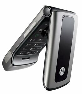 Motorola W370 Flip Phone, New works with Rogers & Chat-R