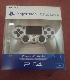 OFFICIAL SONY PS4 DUALSHOCK 4 VERSION 2 - SILVER - BRAND NEW & SEALED