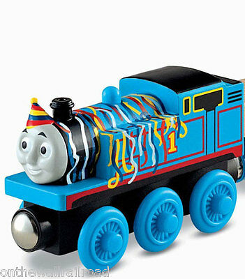 BIRTHDAY PARTY HAT THOMAS Tank Engine Wooden Railway NEW