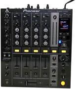 DJM 700