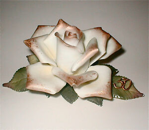 Capodimonte porcelain flowers, made in Italy