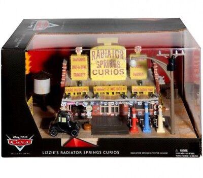 Disney Cars Precision Series Lizzie's Radiator Springs Curios Shop Playset ()
