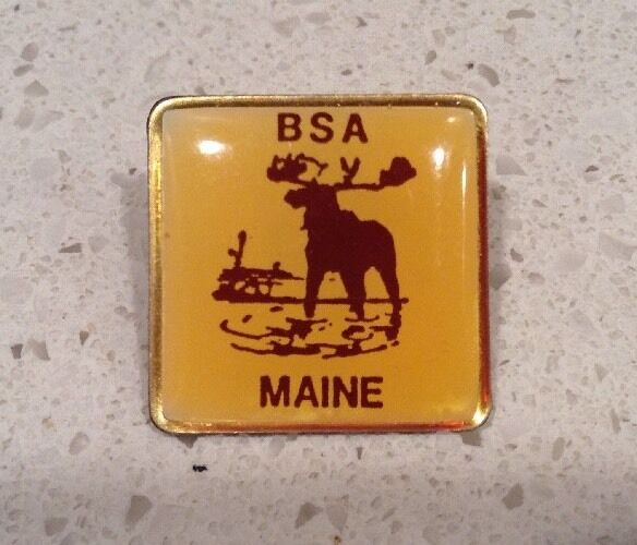 VINTAGE Boy Scouts of America BSA Pin BSA Maine  Moose Yellow Lapel 1980s